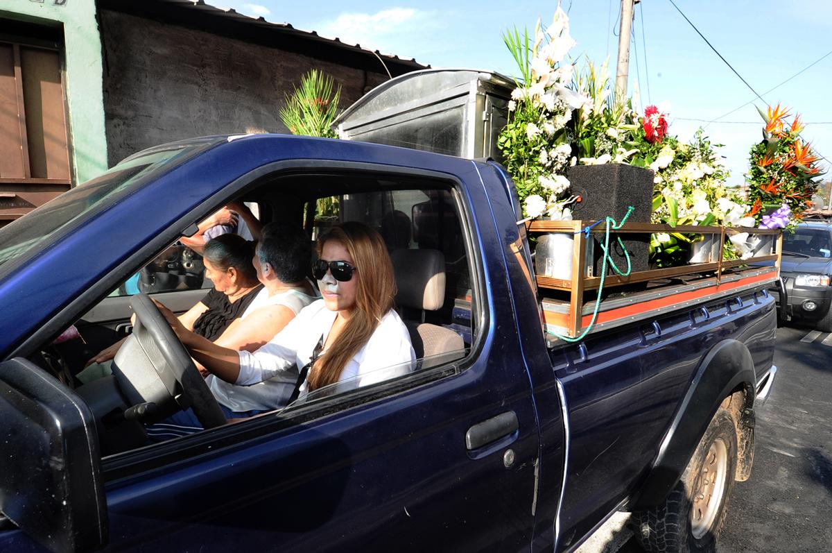 Enterradora x 3 - Francisco Javier Campos Sosa - El Salvador